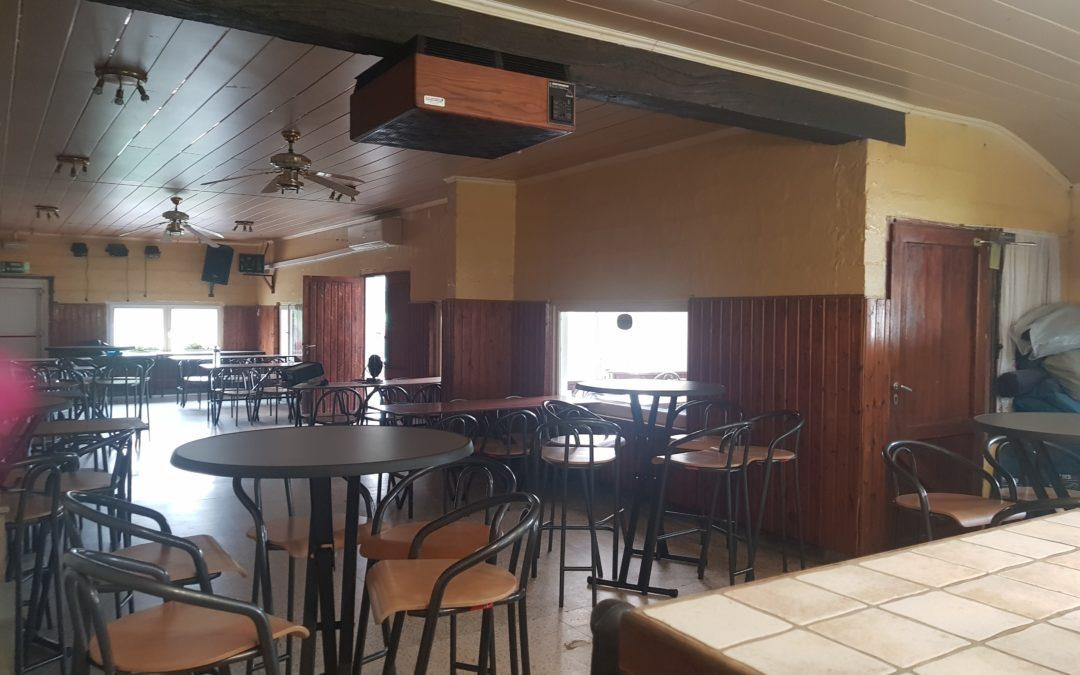 Petit aménagement de la cafétéria.
